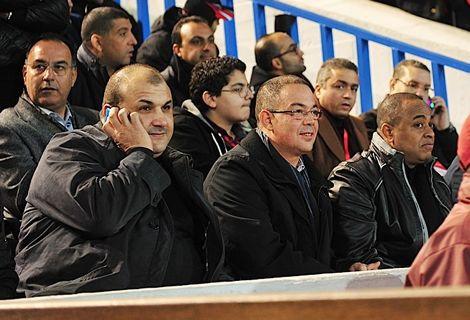 لقجع يُشارك مارادونا ونجوم العالم مباراة تَخليد ذكرى المسيرة بالعيون