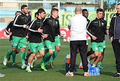 مولودية بجاية الجزائري يستعيد لاعبيه المصابين قبل مواجهة الفتح الرباطي