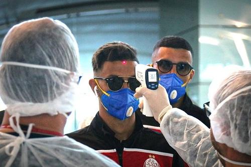 """هكذا يواجه رؤساء أندية مغربية يشتغلون في """"قطاع الصحة"""" أزمة """"كورونا"""""""