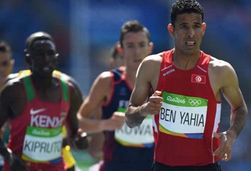 العداء التونسي عمر يحيى.. من أولمبياد ريو إلى الاعتصام من أجل العمل