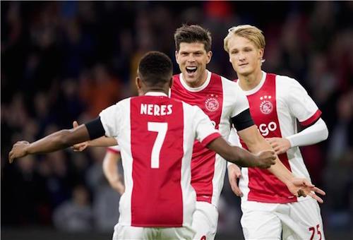 أياكس وفينورد يتألقان في الدوري الهولندي