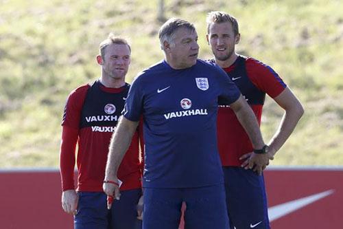 تغييرات متوقعة على تشكيل إنجلترا في أول مباراة لألاردايس