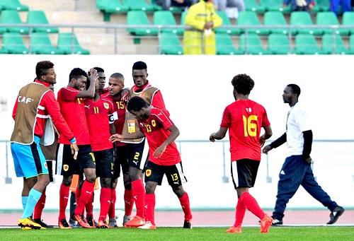 أنغولا يهزم الكاميرون بهدف نظيف ويقصيه من مسابقة كأس إفريقيا للاعبين المحليين