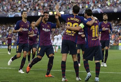 ميسي يقود برشلونة لضرب إيندهوفن برباعية في دوري أبطال أوروبا