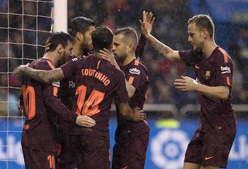 برشلونة يكتسح ديبورتيفو برباعية ويتوج بلقب الدوري الإسباني للمرة الـ25 في تاريخه