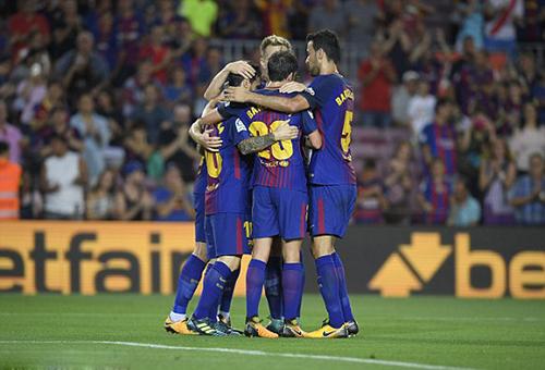 ميسي يقود برشلونة لعبور تشيلسي بثلاثية والتأهل لدور الثمانية بدوري الأبطال