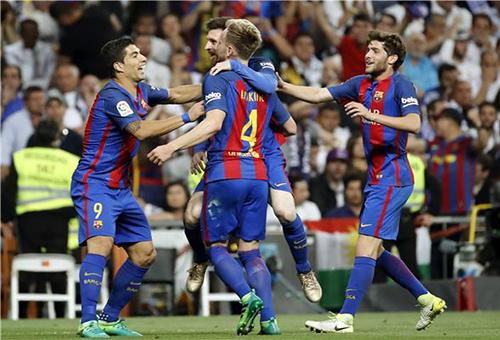 برشلونة في نزهة بالليغا.. واختبار جديد لريال مدريد