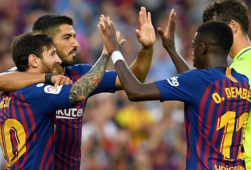 ميسي وسواريز يقودان برشلونة لمعاقبة هويسكا بثمانية في الدوري الإسباني