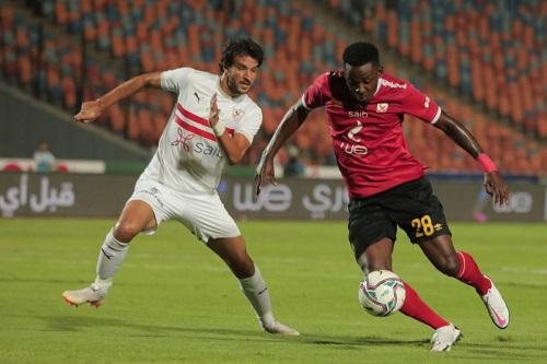 إصابة ستة لاعبين بالأهلي والزمالك بكورونا قبل النهائي الإفريقي