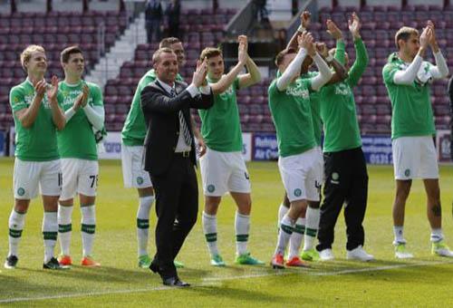 سيلتيك يمدد عقد مدربه حتى 2021