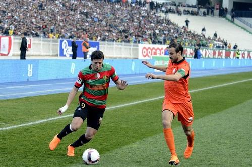مولودية الجزائر يؤجل تعيين مدربه الجديد إلى ما بعد مباراة الرجاء