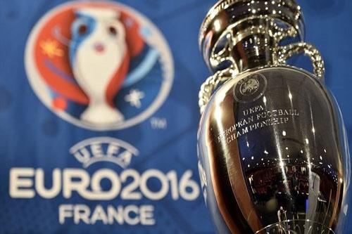صرف تعويضات للأندية نظير مشاركة لاعبيها في يورو 2016
