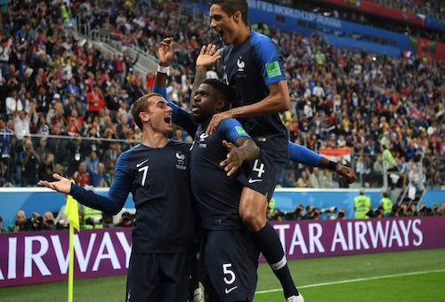 """هدف أومتيتي يسقط بلجيكا ويرسل """"ديوك فرنسا"""" إلى نهائي كأس العالم"""