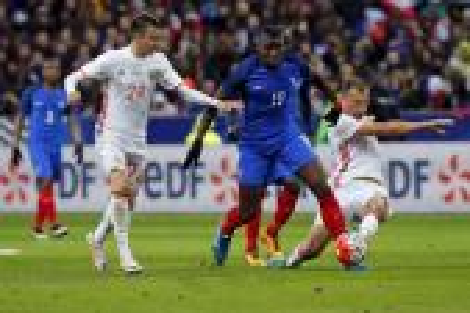 فرنسا تقهر روسيا وديا استعدادا ليورو 2016