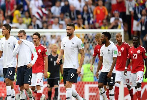تأهل فرنسا والدنمارك إلى الدور الثاني للمونديال بعد مباراة سلبية لعبا ونتيجة