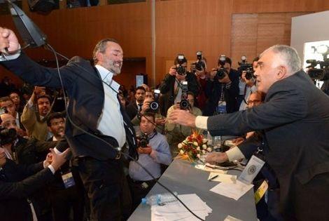 الصراعات حول رئاسة الجامعة تثير الجدل بعد التأخر في تعيين مدرب