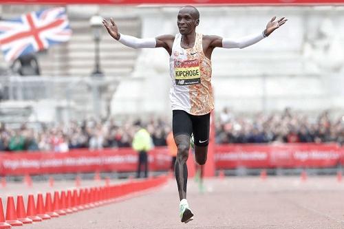الكيني كيبشوغ يفوز بلقب ماراثون آنشيده