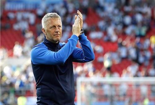 مدرب أيسلندا يتوقع مصير الأرجنتين في المونديال