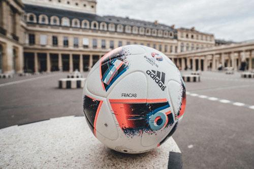 """""""الضوضاء"""" كرة جديدة للأدوار الحاسمة باليورو"""