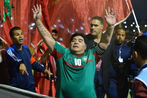مارادونا: مجلس الرياضات بدبي وراء حضوري إلى مدينة العيون