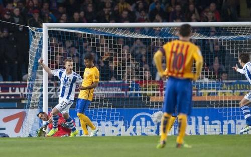 فوز سوسيداد على برشلونة