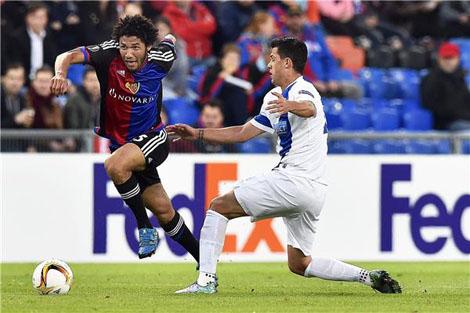 محمد النيني أفضل ممرر في الدوري الأوروبي