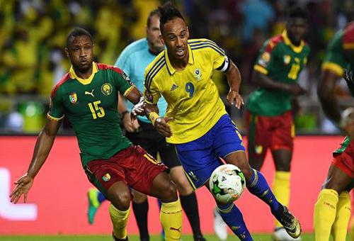 """""""الأسود"""" يلتهمون حلم الغابون ويتأهلون لملاقاة السنغال في دور الثمانية لكأس إفريقيا"""