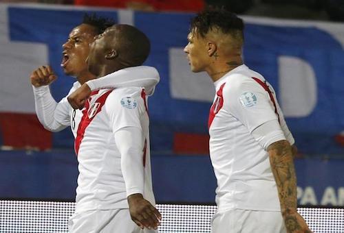 مدرب بيرو يفكر في زيادة الفاعلية الهجومية أمام نيوزيلندا