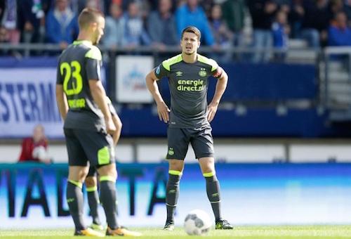 إيندهوفن يتجرع مرارة الخسارة في الدوري الهولندي