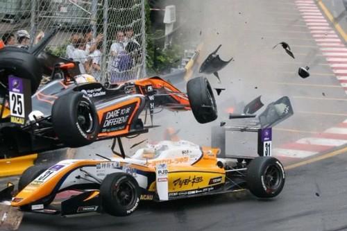 حادث مروع يصيب السائقة الألمانية صوفيا فلورش