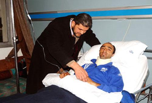 خالد رمسيس يجري عملية جراحية ناجحة في عنقه