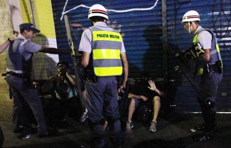 مقتل مشجع بالبرازيل في اشتباكات بين الجماهير