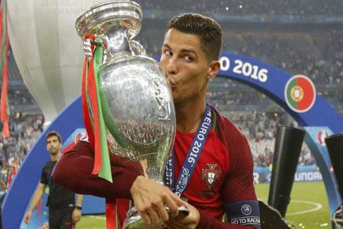 رونالدو يستحضر مراكش والمغرب بعد الفوز باليورو
