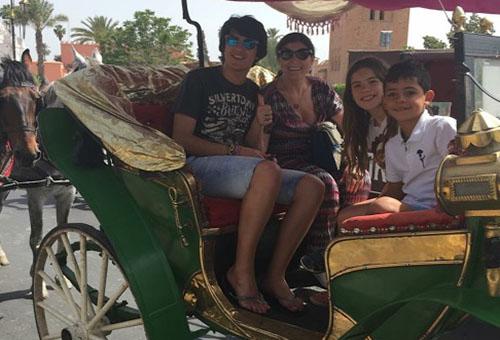 """عائلة كريستيانو تقضي عطلتها بمراكش في غياب """"الدون"""" المشارك في صراع """"العمالقة"""""""