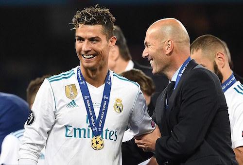 رونالدو: كان من الرائع وجودي في ريال مدريد.. وراموس يرد عليه: يبدو أننا جميعا سنرحل