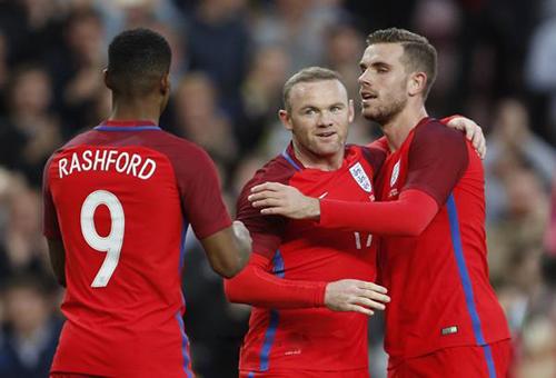 روني يفتح الباب أمام موهبة اليونايتد للتألق مع إنجلترا