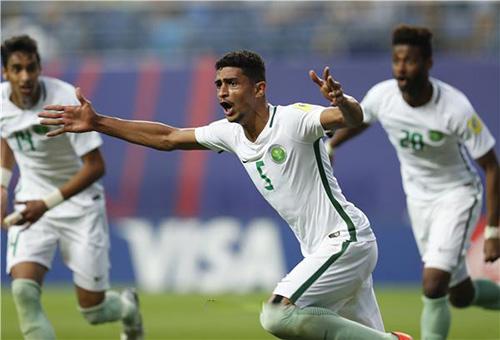 السعودية تعبر مجموعات مونديال الشباب بالتعادل أمام أمريكا