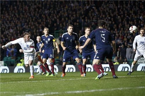 المنتخب الإنجليزي يقسو على أسكتلندا بثلاثية في تصفيات المونديال