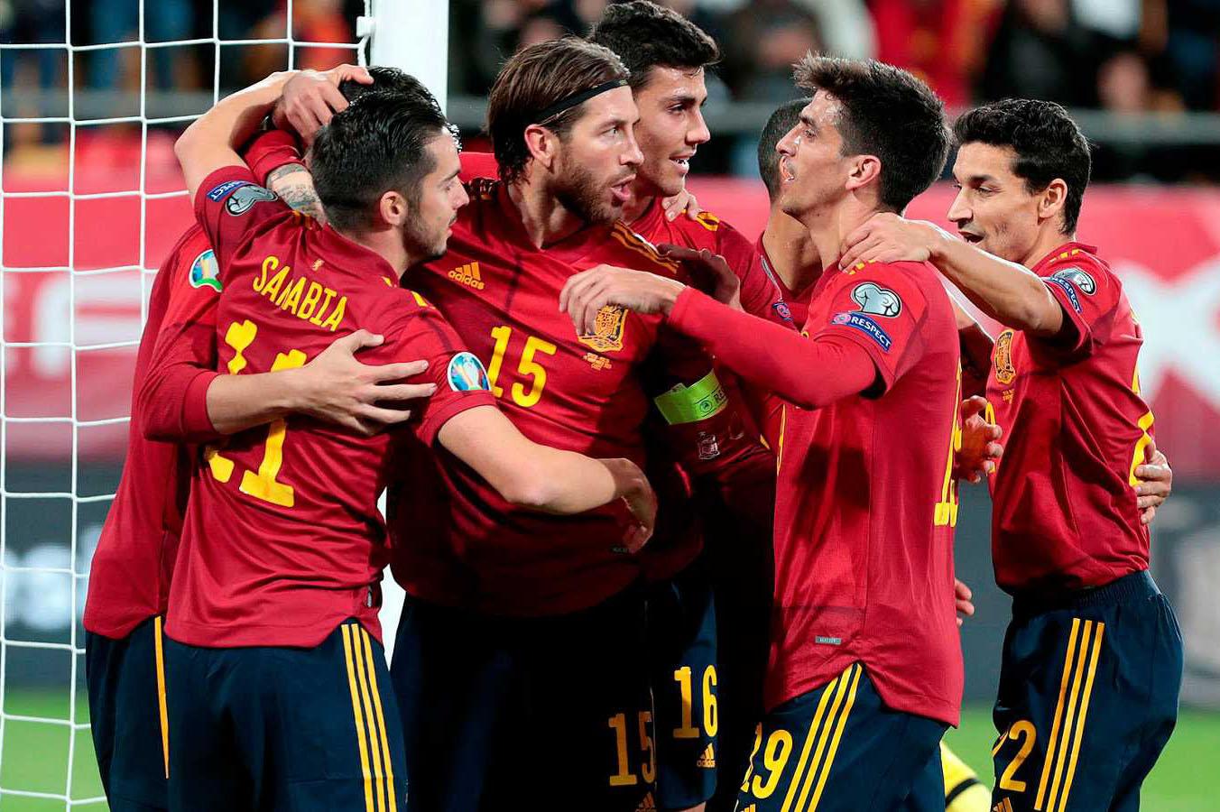 مزيج الخبرة والشباب يحقق الأهداف ويعزز طموح المنتخب الإسباني