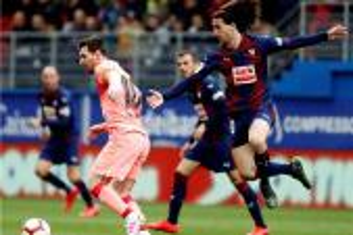 برشلونة ينهي الدوري الإسباني بتعادل مع إيبار عبر ثنائية ميسي