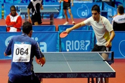 خسارة أصغر متنافس أولمبي أمريكي في تنس الطاولة