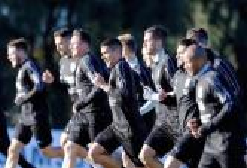 منتخب أوروغواي يبدأ التحضير للمونديال