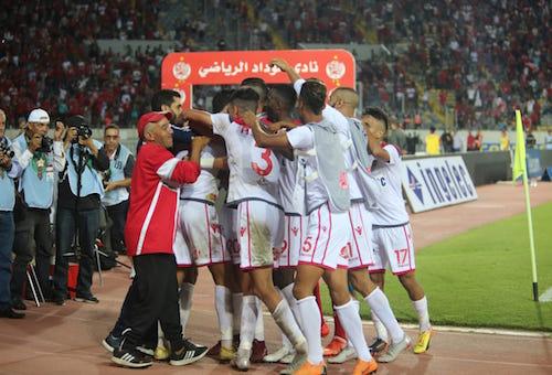 الوداد يتغلب بثنائية على اتحاد طنجة ويحسم تأهله إلى ربع نهائي كأس العرش