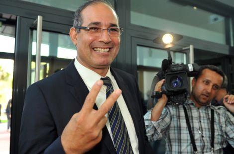 الزاكي: مندهش ومتأثر بحفاوة الاستقبال في الجزائر