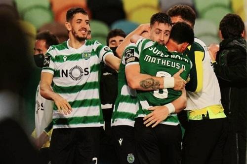 بعد غياب 19 عاما.. لشبونة بطلا للبرتغال في أول موسم مع فضال