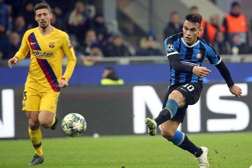 برشلونة يتوصل لاتفاق مع الأرجنتيني لاوتارو لضمه لخمسة أعوام