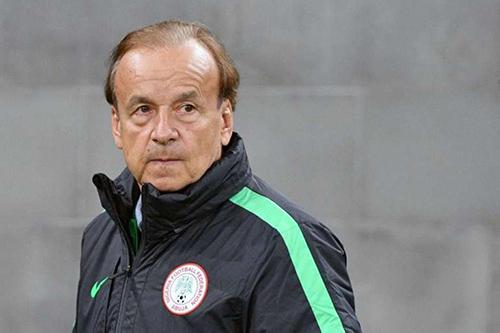 """مدرب نيجيريا: المجموعة الثانية في """"الكان"""" ليست سهلة كما تبدو"""