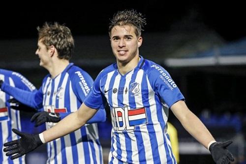 المغربي سامي بورارد يقترب من خوض تجربة جديدة بهولندا