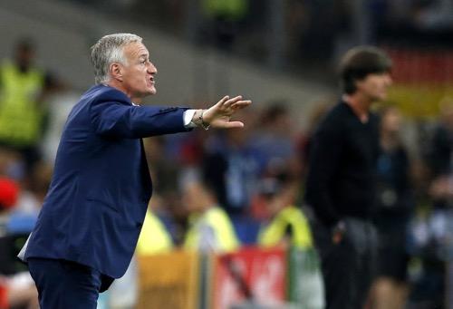 ديشامب عقب التأهل للنهائي: واجهنا أفضل فريق في العالم وفزنا عليه