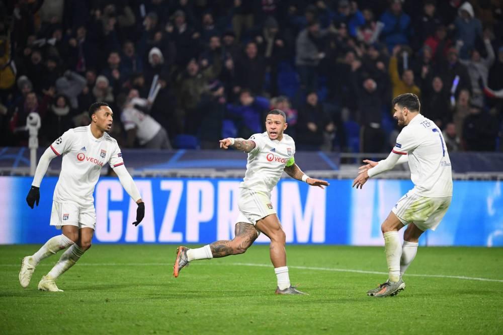 ليون يتأهل لدور الستة عشر بدوري أبطال أوروبا
